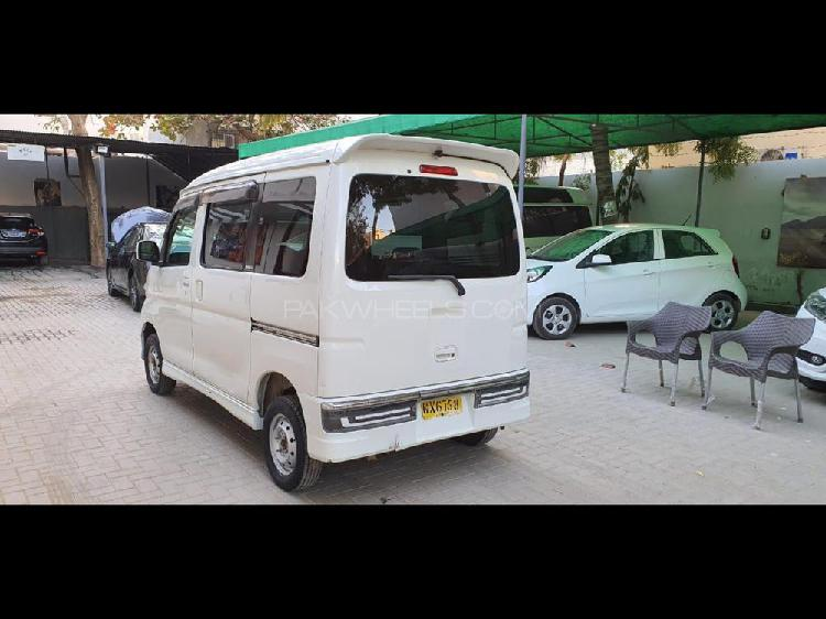 Daihatsu atrai wagon custom turbo rs 2012