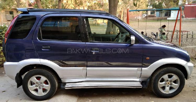 Daihatsu terios 4x2 automatic 1998