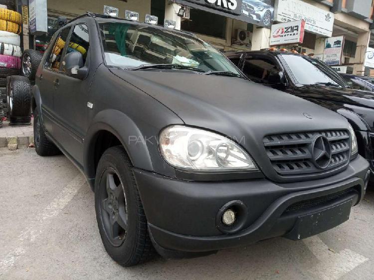 Mercedes benz m class ml 270 cdi 2001