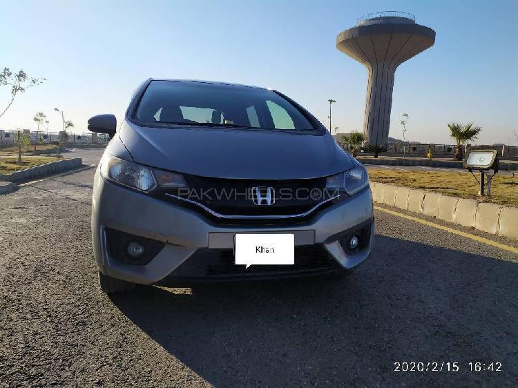 Honda fit 1.5 hybrid f package 2014