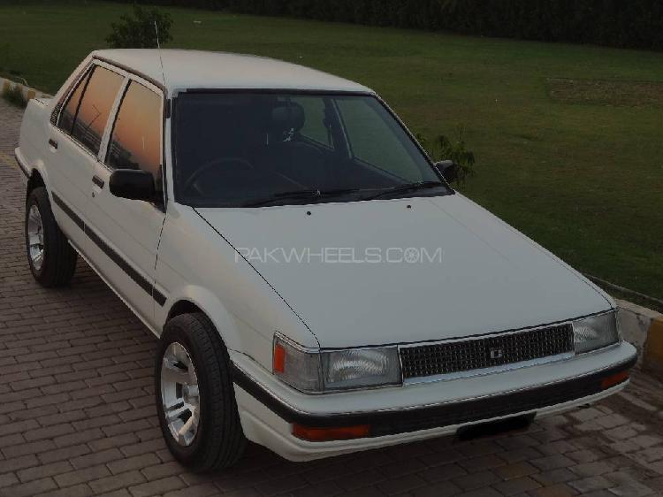 Toyota corolla dx saloon 1986
