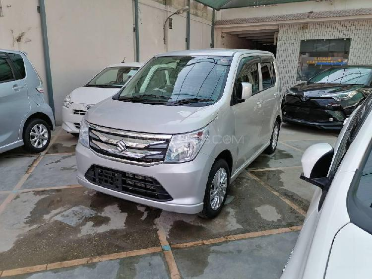 Suzuki wagon r fx limited 2015