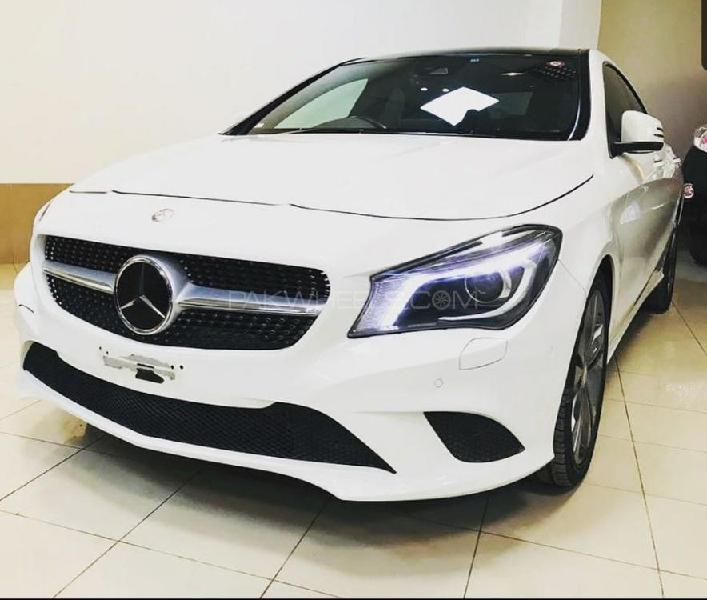 Mercedes benz cla class cla180 2015