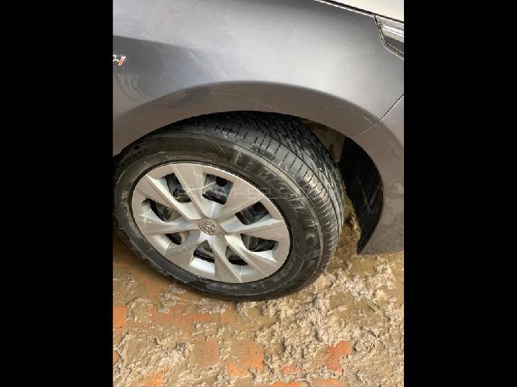 Toyota corolla gli 1.3 vvti 2017