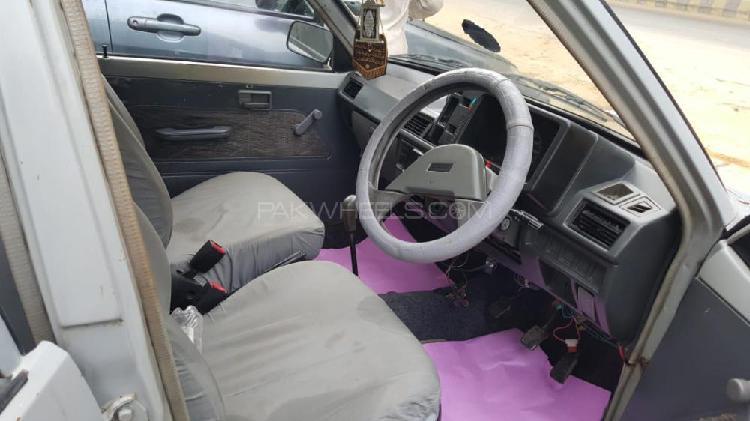 Suzuki mehran vxr 2000