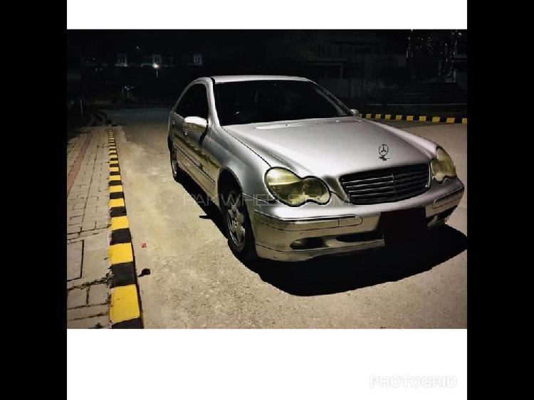 Mercedes benz c class c200 cdi 2004