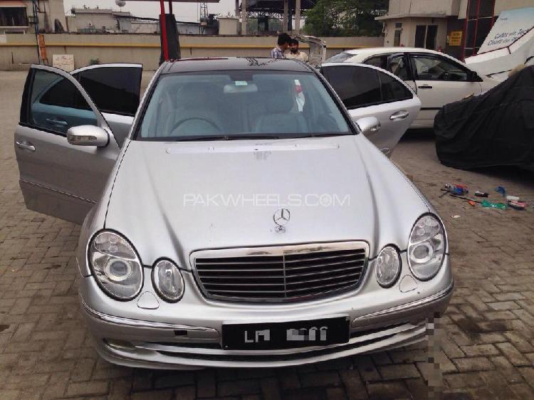 Mercedes benz e class e270 cdi 2004