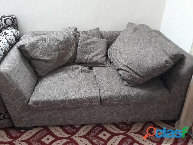 For sale 5 seater sofa set 1