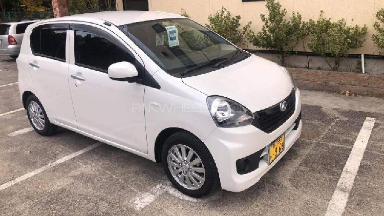 Daihatsu mira x limited smart drive package 2016