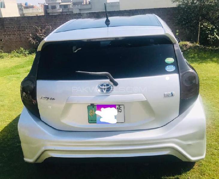 Toyota aqua g gs 2012