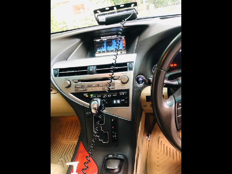 Lexus rx series 450h 2010