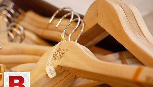 CUSTOM WOODEN CLOTHES HANGERS