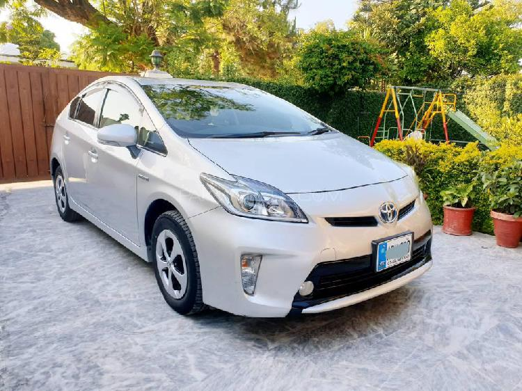 Toyota Prius S LED Edition 1.8 2013