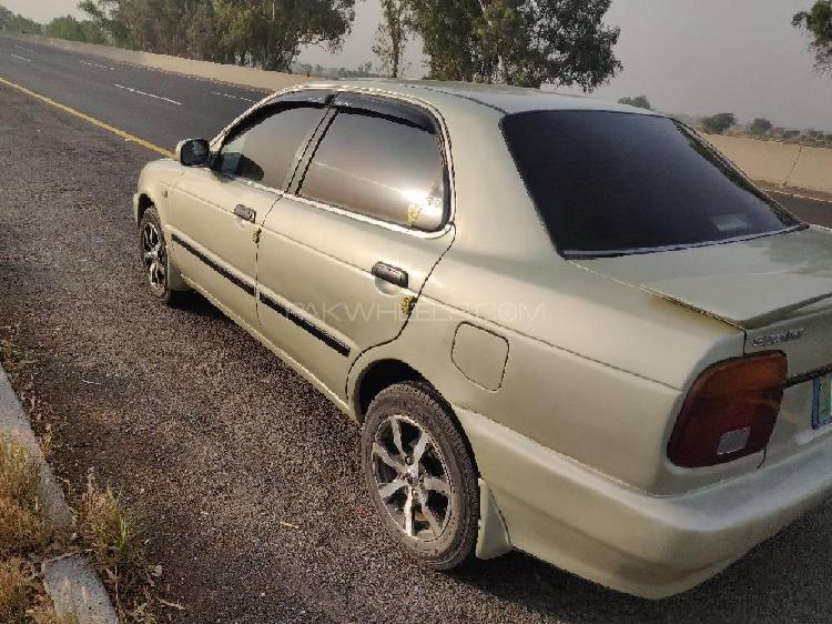 Suzuki baleno jxr 2000