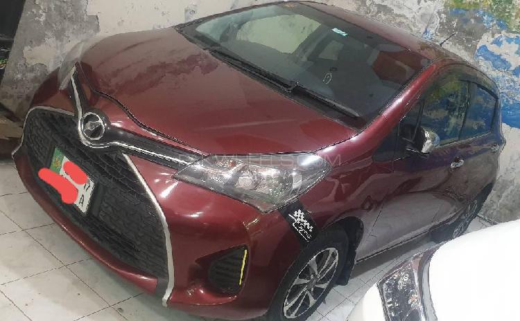 Toyota vitz jewela smart stop package 1.0 2017