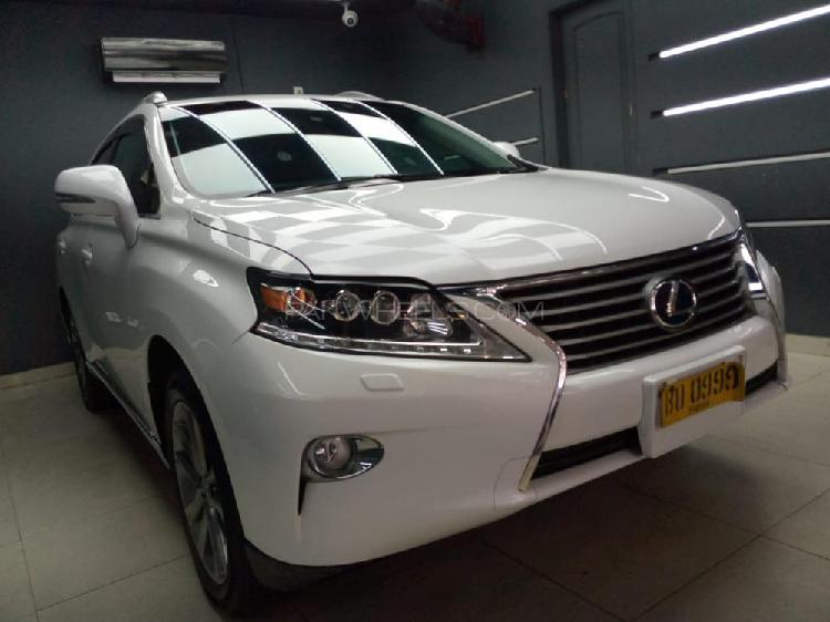 Lexus rx series 450h 2012