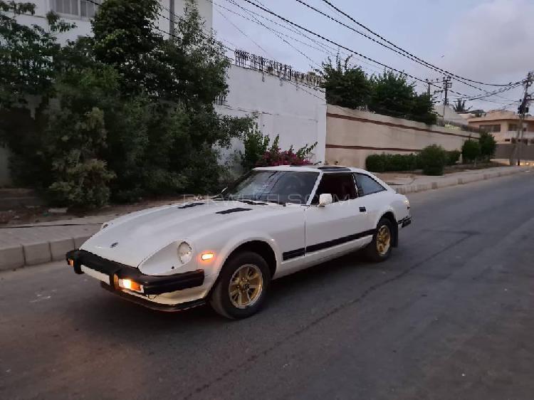 Nissan z series 280zx 1982