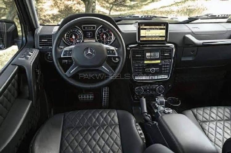 Mercedes benz g class 2016