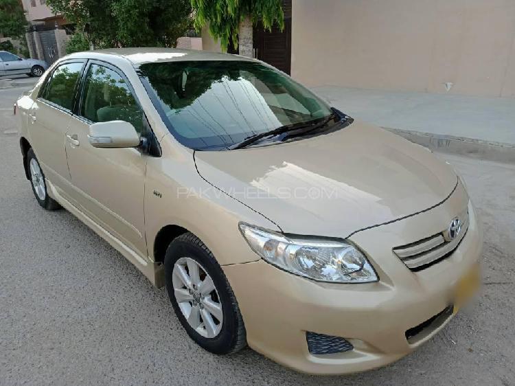 Toyota corolla altis cruisetronic 1.8 2010