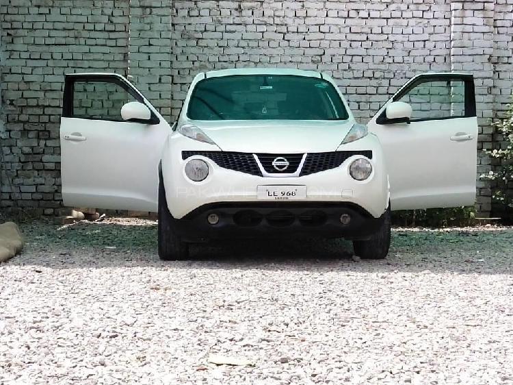 Nissan juke 15rx type v 2010
