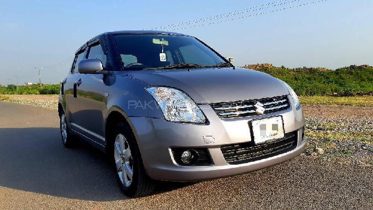 Suzuki swift dlx 1.3 navigation 2019