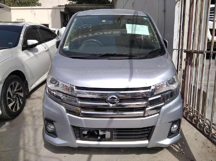 Nissan dayz highway star 2017