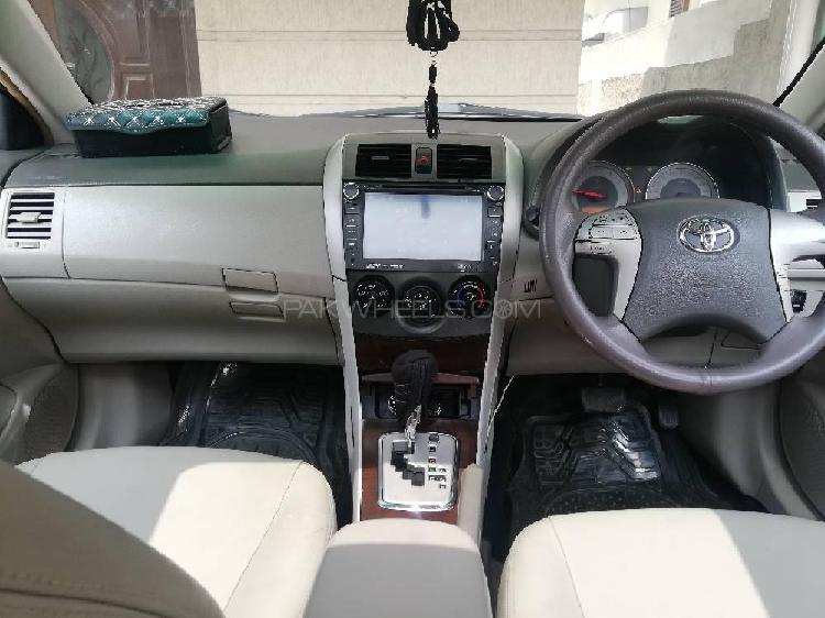 Toyota corolla altis cruisetronic 1.8 2009