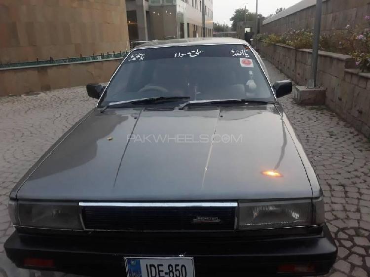 Nissan sunny ex saloon 1.3 1987