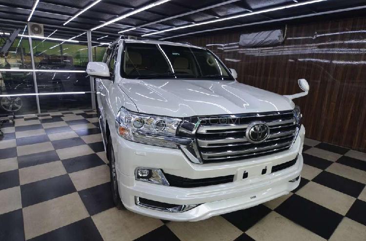 Toyota land cruiser ax 2017