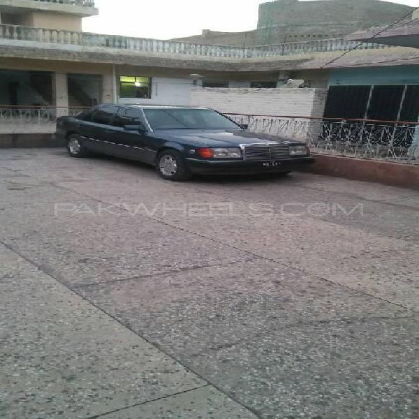 Mercedes benz d series 1992