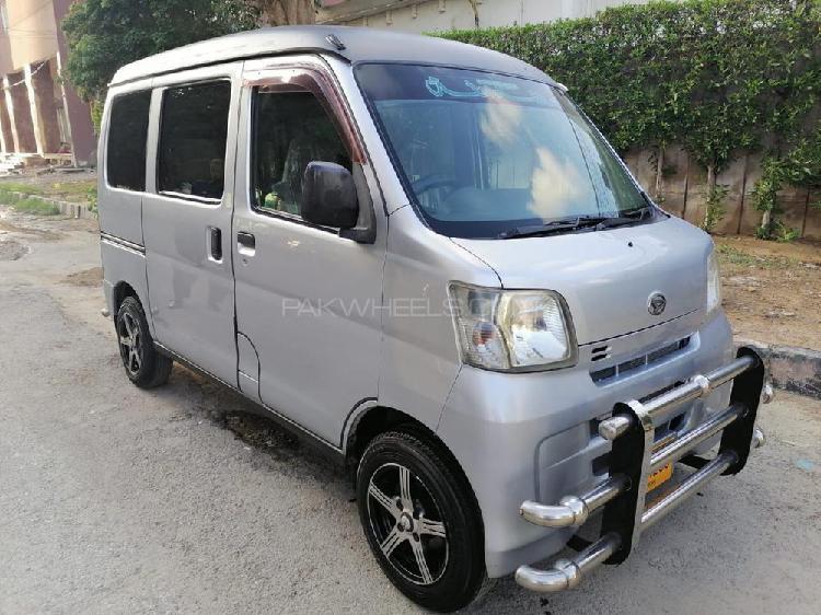 Daihatsu hijet deluxe 2011