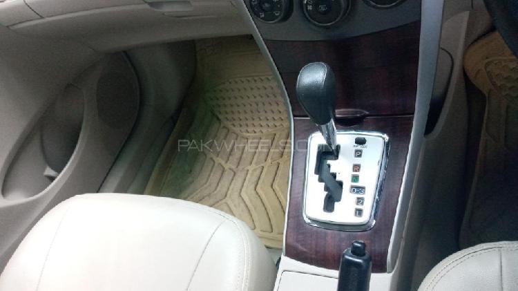 Toyota corolla gli automatic 1.6 vvti 2012