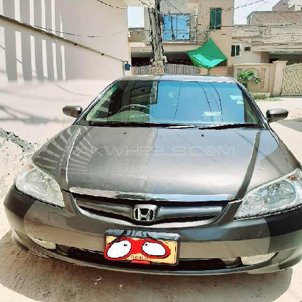 Honda civic exi 2005