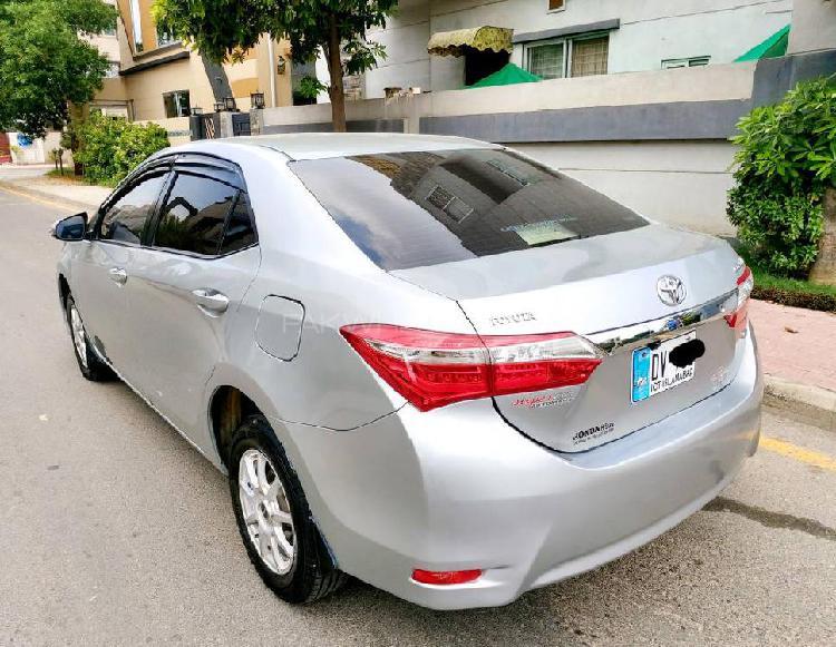 Toyota corolla gli automatic 1.3 vvti 2015