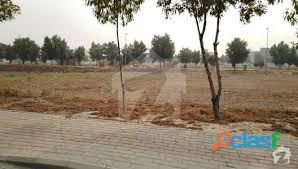 10 marla plot available in bahria town for urgent sale