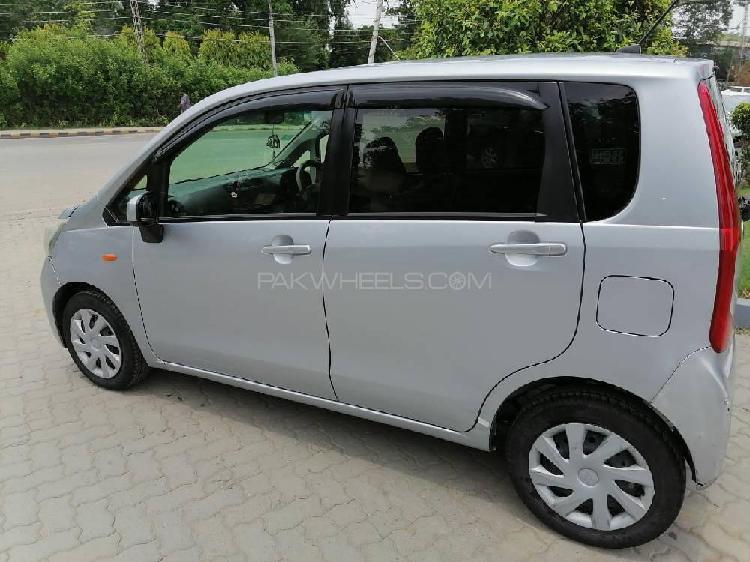 Daihatsu move 2017