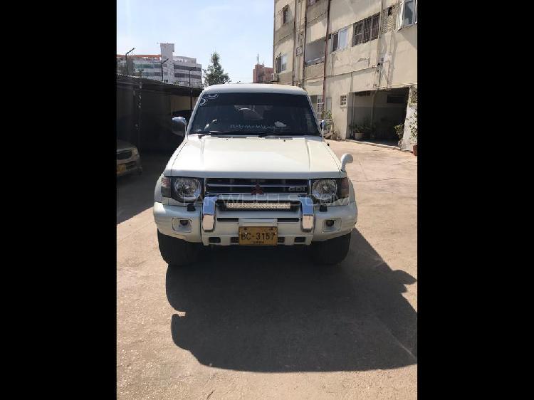 Mitsubishi pajero exceed 2.4 1994