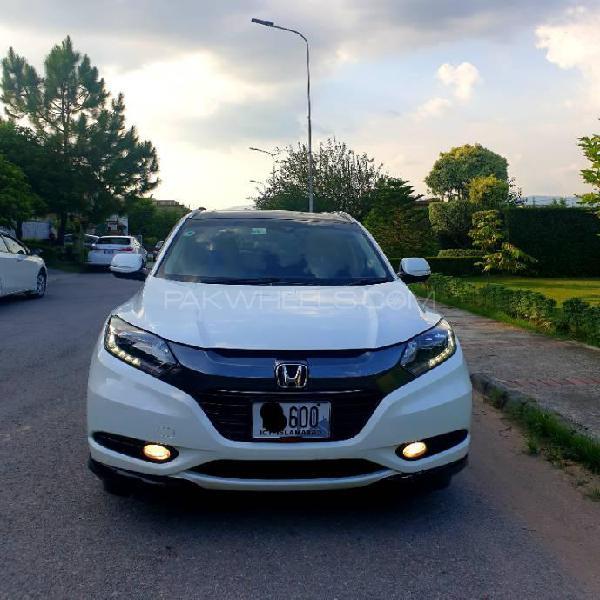 Honda vezel hybrid z honda sensing 2015