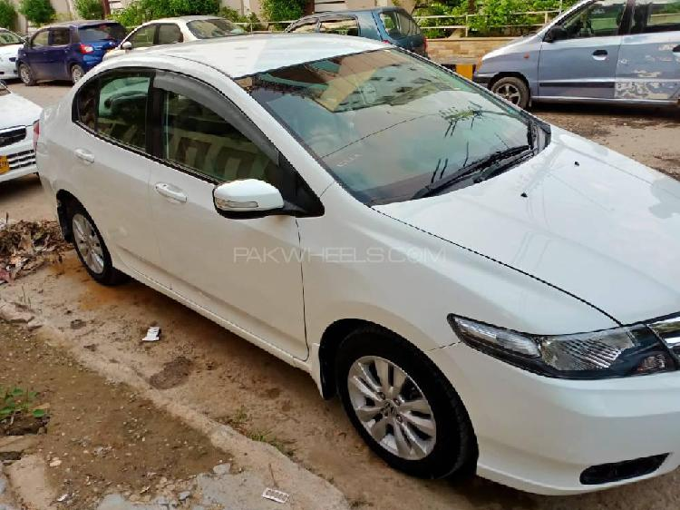 Honda city aspire 1.3 i-vtec 2017