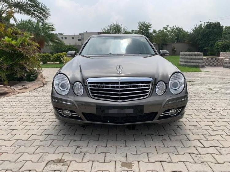 Mercedes benz e class e200 2008