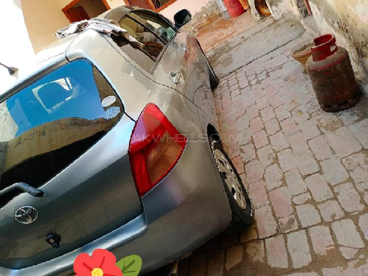 Toyota vitz ill 1.5 2007