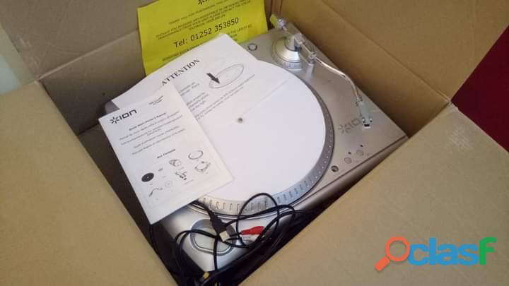 ion ITT USB Turntable Gramophone Record Player 1
