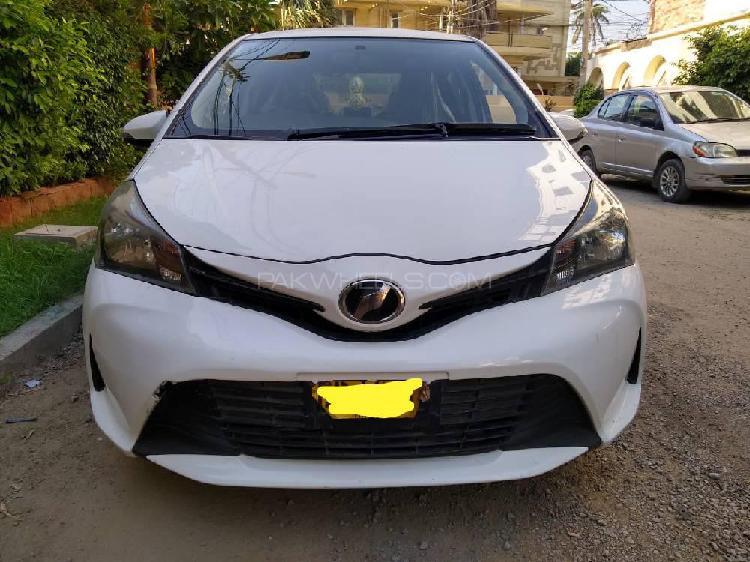 Toyota vitz f m package 1.0 2014