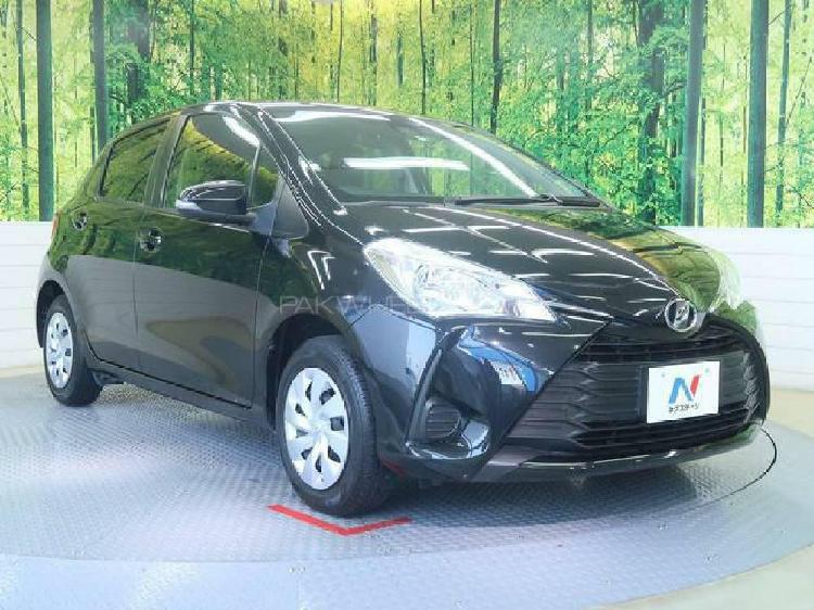Toyota vitz f intelligent package 1.0 2017