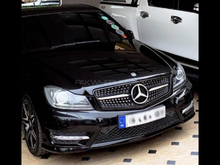 Mercedes benz c class c180 2013