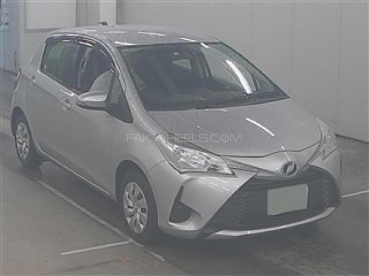 Toyota vitz f m package 1.0 2018