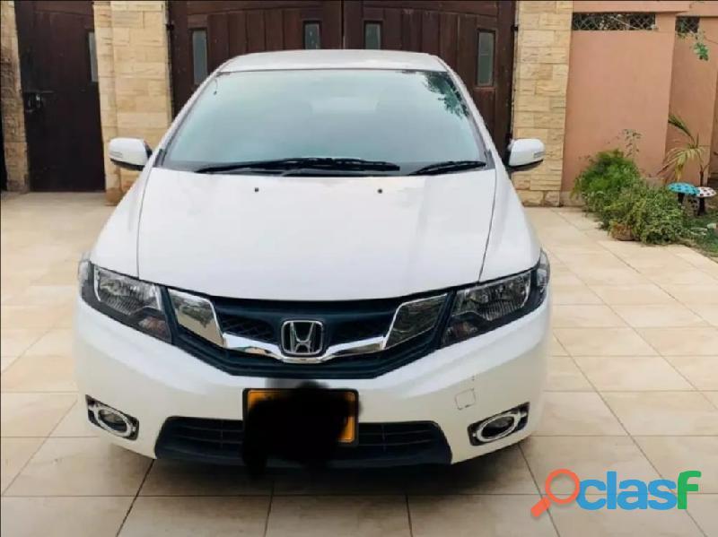 Honda city ka koi sa bhi model hasil karen