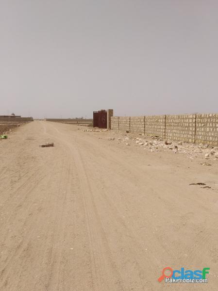 Karachi me plot hasil kren asan qiston me.