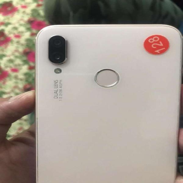 Huawei p20 lite user girl 4/128