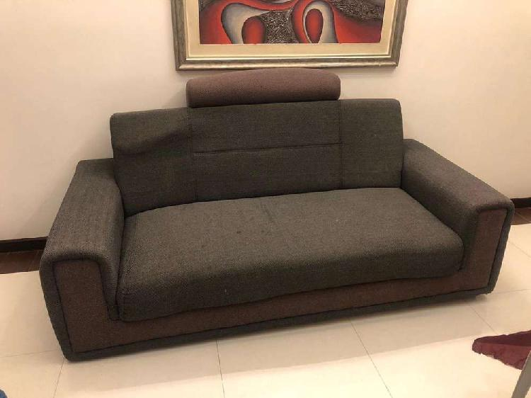 3 seater sofa set and side table
